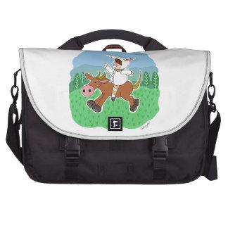 Muchacho que monta un caballo bolsas de ordenador