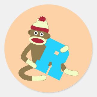 Muchacho R del monograma del mono del calcetín Pegatinas Redondas