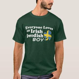 Muchacho sueco irlandés playera