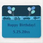 Muchacho total del cumpleaños en azul alfombrilla de ratones