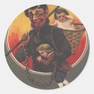 Muchacho y chica del secuestro de Krampus Pegatina Redonda