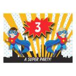 Muchachos Brown del cumpleaños el | del super héro Invitacion Personalizada
