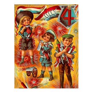 Muchachos del vintage el 4 de julio tarjetas postales