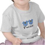 Muchachos lindos del mono 2 de los gemelos camisetas
