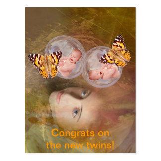 Muchachos o chicas gemelos del bebé postal