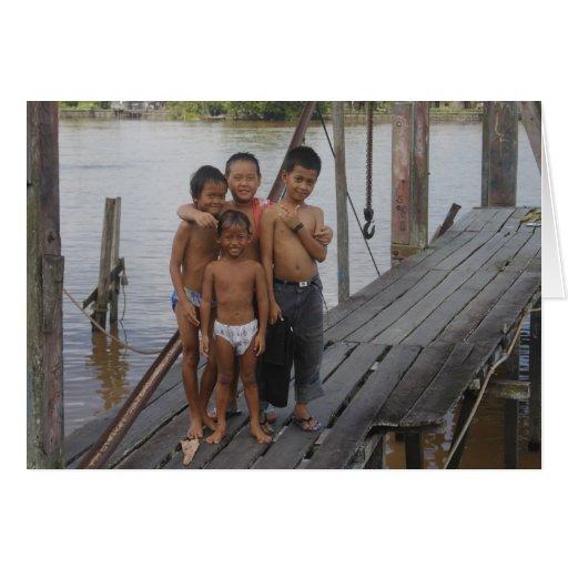Muchachos que viven en el río de Kapuas, Borneo Tarjeta De Felicitación