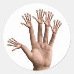 Muchas manos pegatinas redondas