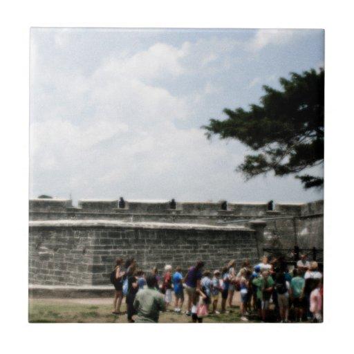Muchedumbre del fuerte de St Augustine granosa Azulejo Cuadrado Pequeño