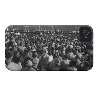Muchedumbre en estadio iPhone 4 Case-Mate coberturas
