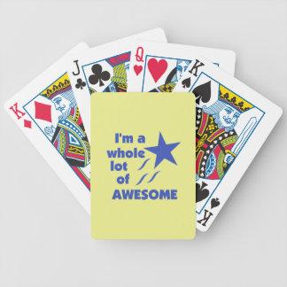 Mucho impresionante - fondo amarillo baraja cartas de poker