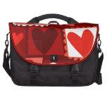 Muchos corazones del rojo del dibujo animado bolsa de ordenador