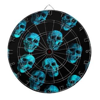 muchos cráneos, azules tablero de dardos