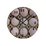 Muchos huevos reloj