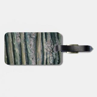 mud and wattle wall detail bag tag