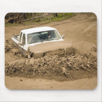 Mud bogging mouse pad