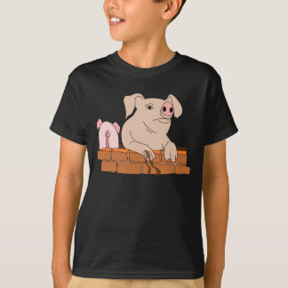 Muddy the Pig Resting T-Shirt