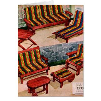 Muebles retros del patio de los suburbios del vint tarjeta de felicitación