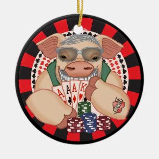 Mueca del cerdo del póker adorno navideño redondo de cerámica