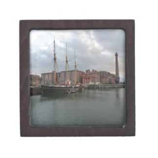 Muelle de Albert de Liverpool Cajas De Joyas De Calidad