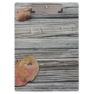 muelle de madera de dos hojas del seagrape