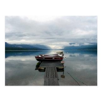 Muelle del barco de McDonald del lago Postal