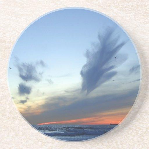 Muelle del cielo de la bahía posavasos personalizados