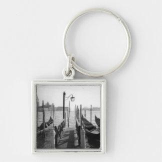 Muelle romántico de la góndola de Venecia blanco Llaveros Personalizados