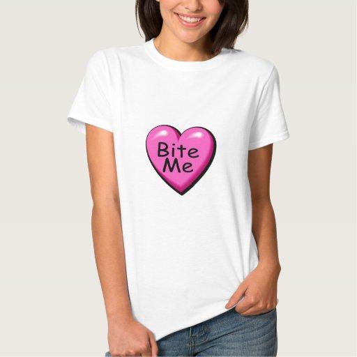 Muérdame corazón del caramelo camisetas