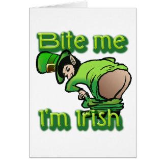 Muérdame. Soy irlandés Felicitaciones