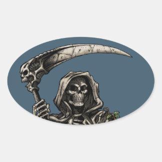 Muerte - parca esquelético malvado con la guadaña pegatina ovalada