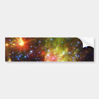 Muerte polvorienta de una estrella masiva etiqueta de parachoque