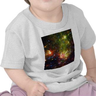 Muerte polvorienta de una estrella masiva camisetas