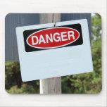 Muestra adaptable del peligro tapetes de raton