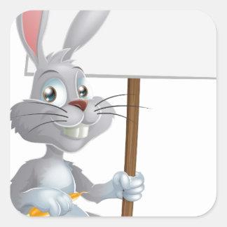 Muestra blanca del conejo de conejito de pascua colcomania cuadrada