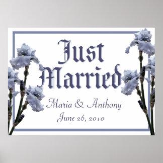 Muestra casada azul del iris apenas póster