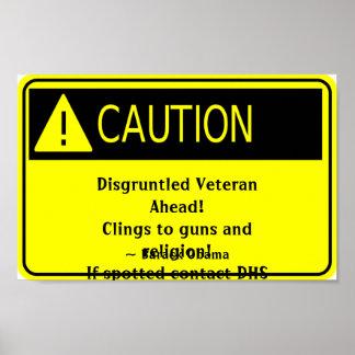 Muestra contrariedad de la precaución del veterano posters