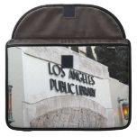 Muestra de biblioteca pública de Los Ángeles Funda Macbook Pro