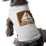 Muestra de la carretera de la navegación camisetas de perro