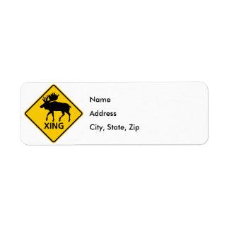 Muestra de la carretera de la travesía de los alce etiqueta de remite