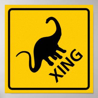Muestra de la carretera de la travesía del dinosau póster