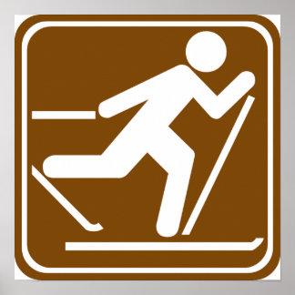 Muestra de la carretera del esquí del campo a trav póster