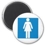 Muestra de la carretera del lavabo de las mujeres imanes de nevera