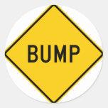 Muestra de la carretera del topetón (palabra) etiquetas redondas