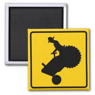 Muestra de la carretera del tráfico de la maquinar imán cuadrado