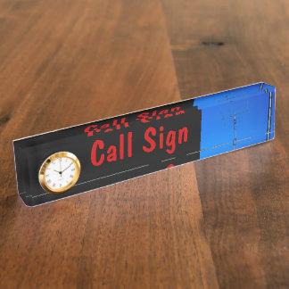 Muestra de la llamada por radio y antena 3 y reloj