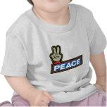 Muestra de la mano de la paz camisetas