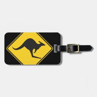 Muestra de la precaución del canguro etiquetas para equipaje