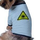 Muestra de la radiación de laser camisa de perro
