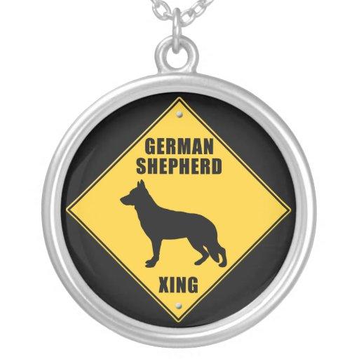 Muestra de la travesía del pastor alemán (XING) Collares Personalizados