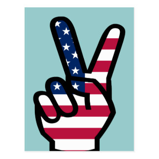 Muestra de la victoria con la bandera americana postal